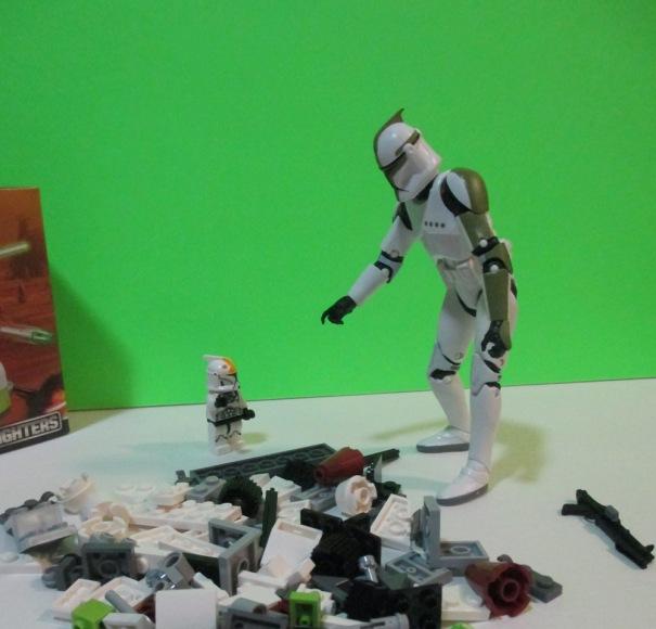 Clone Trooper and Legos 03 1000w